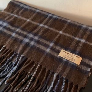 Burberry brown and navy 100% cashmere scarf Unisex